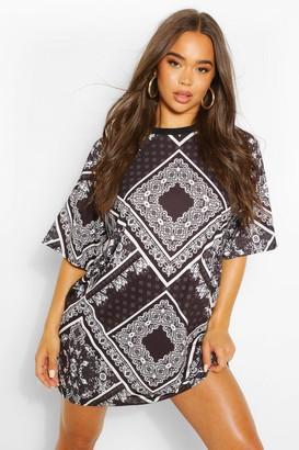 boohoo Bandana Print T Shirt Dress