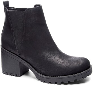 Chinese Laundry Lisbon Chelsea Boot