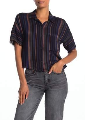 Cloth & Stone Short Sleeve Fray Hem Button Down Shirt