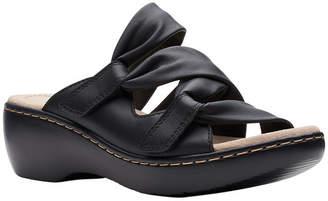 Clarks Womens Delana Jazz Strap Sandals