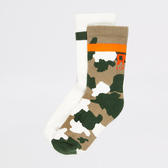 River Island Boys khaki camo ribbed socks 2 pack