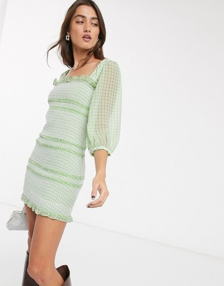 Capulet siobhan checked smocked mini dress in kiwi & white gigham