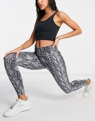 Lorna Jane ankle biter leggings in python print