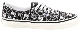 Vans Skull Detail Lace Up Sneakers