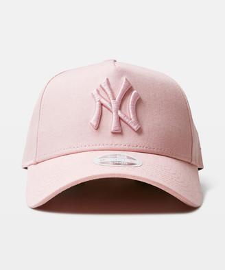 New Era 9Forty NY Yankess Curvepeak Cap Pink