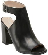 Kenneth Cole New York Women's Tai Sandal