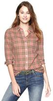 Fitted boyfriend plaid shirt