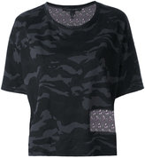 Marc Jacobs cropped camouflage T-shirt - women - Silk/Cotton - S
