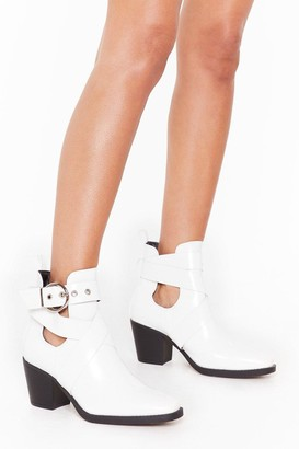 Nasty Gal Womens Time's Runnin' Cut-Out Wide Fit Faux Leather Boots - White - 3