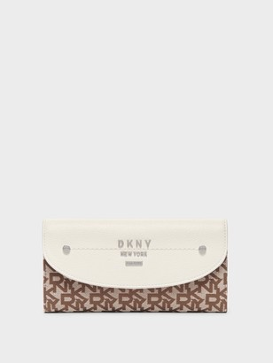 DKNY Women's Large Town & Country Logo Trifold Envelope Wallet - Chino Logo/ White - Size N/S