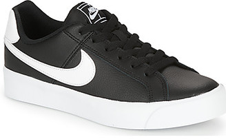 Nike COURT ROYALE AC W women's Shoes (Trainers) in Black