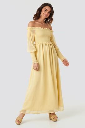 NA-KD Off Shoulder Smock Chiffon Dress