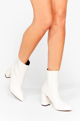Nasty Gal Womens Hey Sole Sister Faux Leather Croc Boots - White - 3