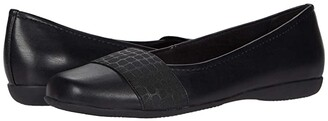 Trotters Samantha (Super Soft Vegan Leather/ Croco Print Elastic (Black)) Women's Slip on Shoes