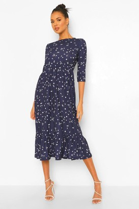 boohoo Smock Dress With Frill Hem In Ditsy Floral Print