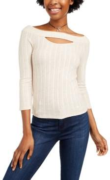 Almost Famous Juniors' Keyhole Top