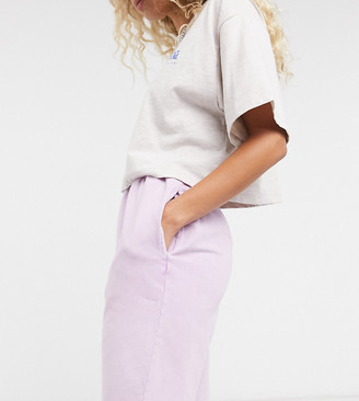 Reclaimed Vintage inspired shorts in washed lilac