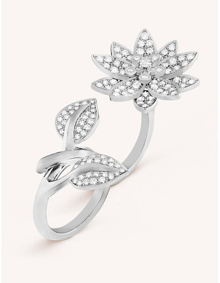 Van Cleef & Arpels Lotus Between the Finger white gold and diamond ring
