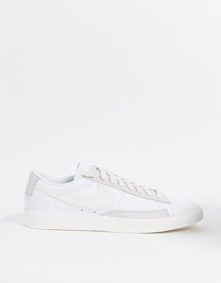 Nike Blazer Low Leather trainers in white/sail