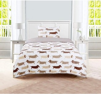 Sleeping Partners Dachshund Dog Pompom Trimmed Quilt and Pillow Sham, 2 Piece Set, Taupe, Twin