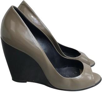 Pierre Hardy Khaki Patent leather Sandals