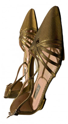 Sarah Jessica Parker Gold Leather Ballet flats