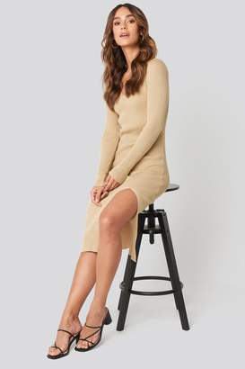 BEIGE Hanna Weig X NA-KD Front Slit Knit Dress