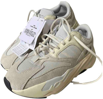 Yeezy Boost 700 V1 White Cloth Trainers
