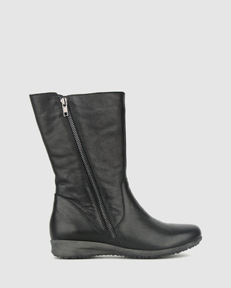 Airflex Women's Black Flat Boots - Caddie Leather Calf Boots - Size One Size, 5 at The Iconic