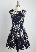 Closet - UK Fluttering Romance Dress in Butterfly Silhouettes