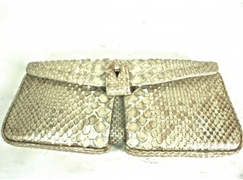 VBH excellent (EX Pearl Colored Snakeskin Clutch