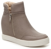 Steve Madden Linqsp High-Top Wedge Sneaker
