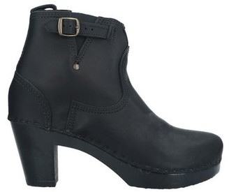 NO.6 STORE Ankle boots