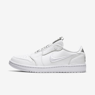 Nike Women's Shoe Air Jordan 1 Retro Low Slip