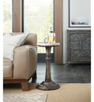 Hooker Furniture La Grange Pedestal End Table