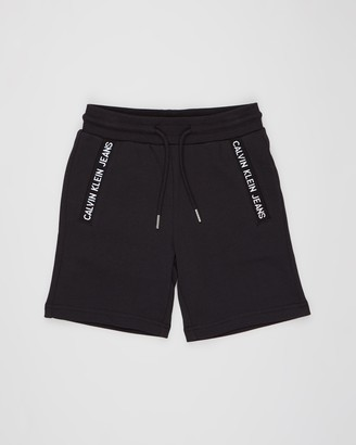 Calvin Klein Jeans Logo Intarsia Sweat Shorts - Teens