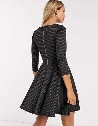 Closet London Closet mini skater dress with 3/4 sleeve in black stripe