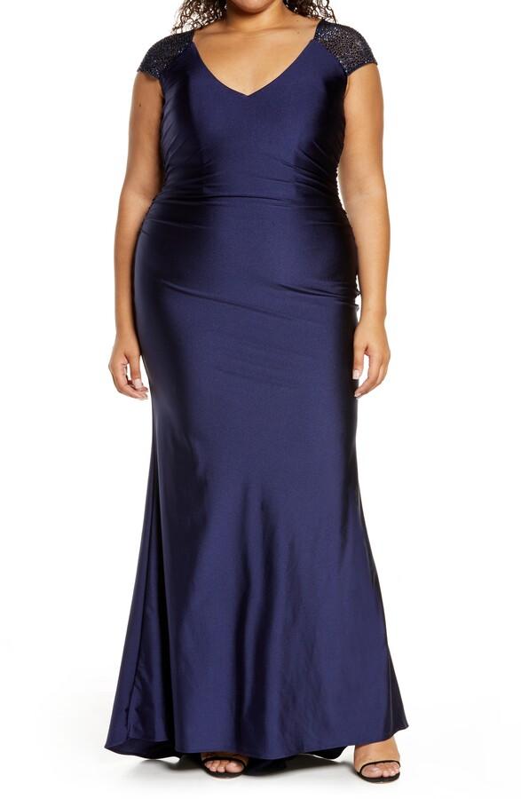 La Femme V-Neck Shiny Jersey Gown(Plus Size)