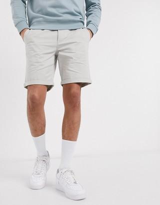New Look chino short in gray