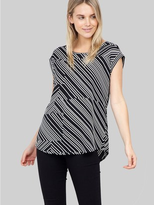 M&Co Izabel abstract stripe t-shirt