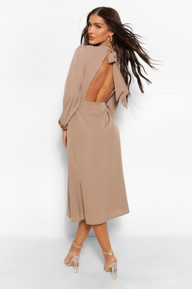 boohoo Cut Out Back Midaxi Dress