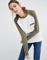 Ellesse Long Sleeve Raglan T-Shirt With Woven Logo Badge