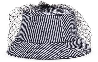 Bernstock Speirs Veil stripe bucket hat