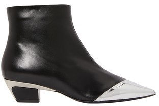 N°21 Pointed toe ankle boots