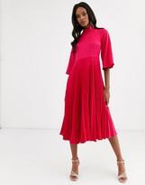 Closet London pleated satin midi dress in fuchsia