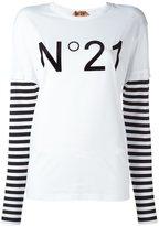 No.21 logo print longsleeved T-shirt