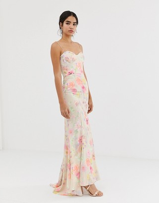 Jarlo all over printed maxi dress with train in floral-Multi