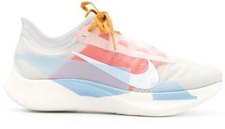 Nike Zoom Fly 3 running sneakers