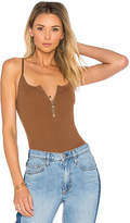 by the way. Sydney Zip Knit Bodysuit in Brown. - size L (also in M,S,XL,XS)