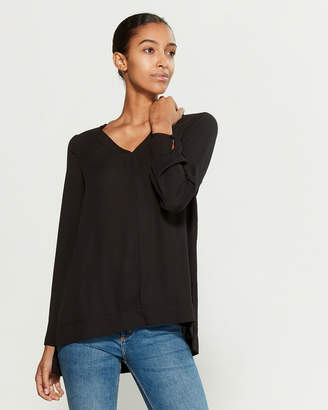 Pleione Solid V-Neck Blouse